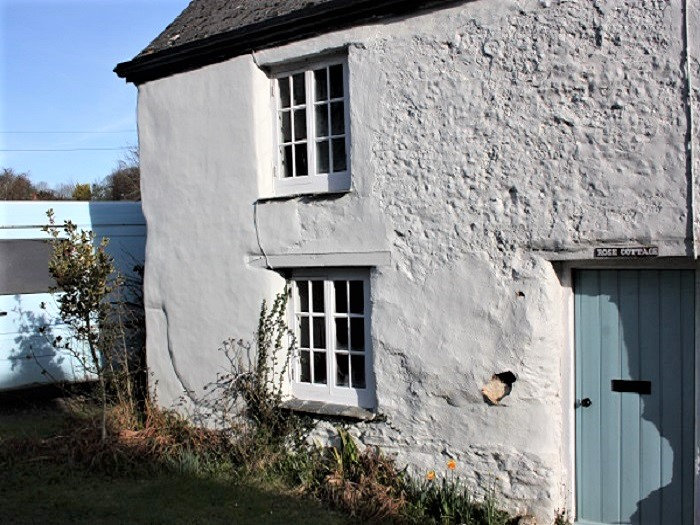 Cob Cottage Cement Render Cornwall